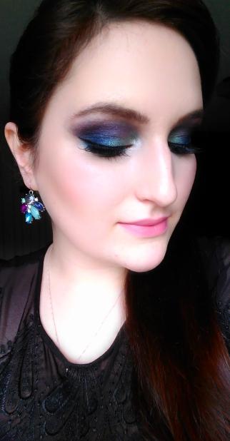 makeup maquillage nouvel an sleek bad girl iconic pro 2 makeup révolution maquillage coloré maquillage original